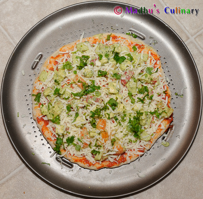 Making of Paneer Tikka Pizza