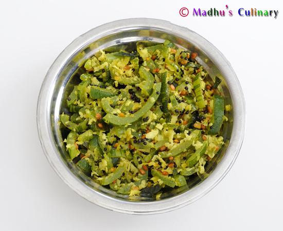 Snake Gourd Poriyal / Pudalangai Poriyal