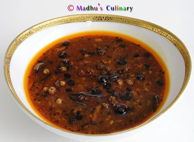 Manathakkali (Black Nightshade) Vathal Kuzhambu